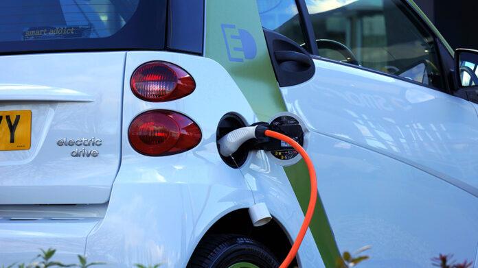 punto recarga vehículo electrónico